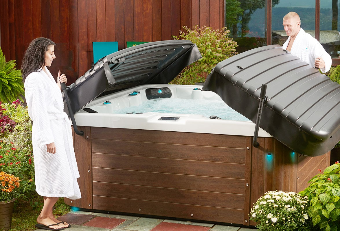 Couple Opening Their Sl60 Hot Tub 2